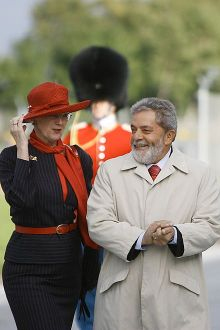 Margrethe II with Brazilian President Luiz Inácio Lula da Silva during the latter's visit to Denmark, 12 September 2007.