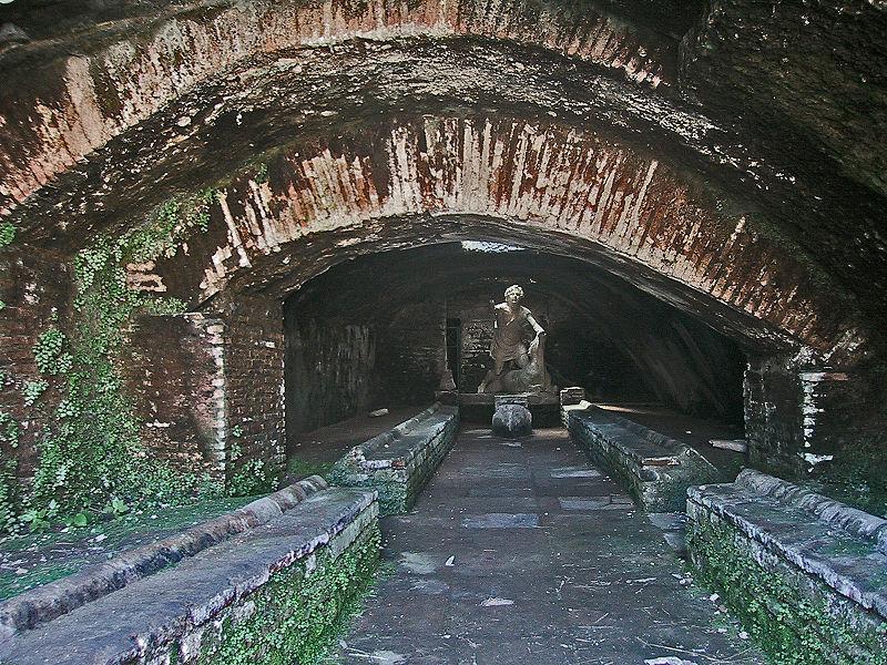 File:Ostia Antica Mithraeum.jpg