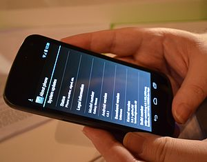 English: Hands-on with the Galaxy Nexus at its...