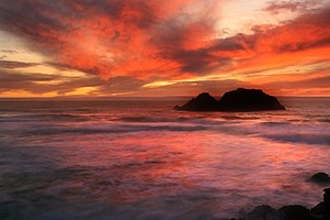Sunset from Sutro Bath at Land's End in San Fr...