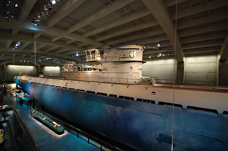 File:U-505 right front 21 August 2008.jpg
