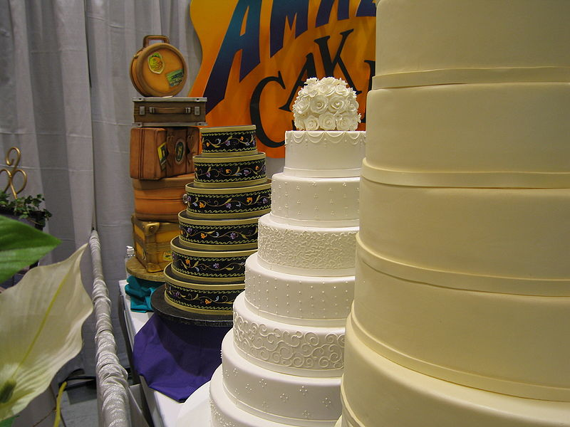 File:At the Seattle Bridal Show2.jpg