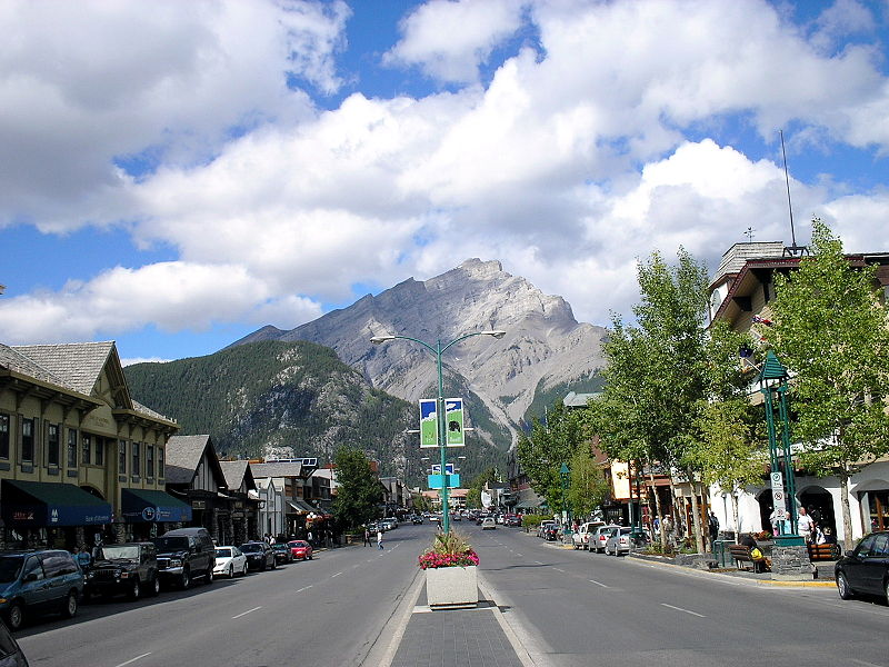Banff Avenue - Cascade Mountain.jpg