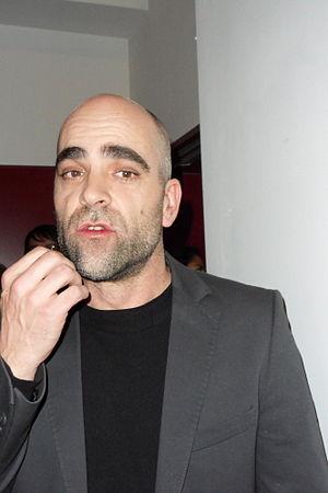 Deutsch: Luis Tosar nach der Aufführung von &q...