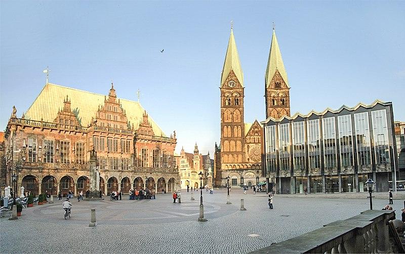 File:Bremen-rathaus-dom-buergerschaft.jpg