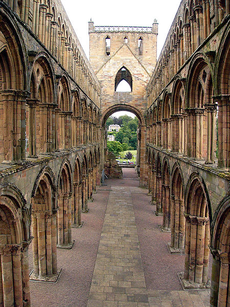 File:Jedburgh Abbey02.jpg