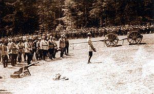 Romanian troops at Marasesti in 1917.jpg