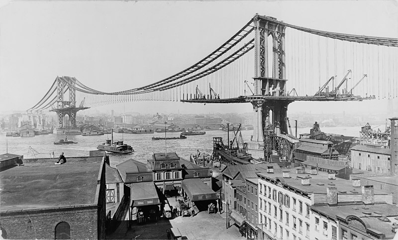 https://i2.wp.com/upload.wikimedia.org/wikipedia/commons/thumb/1/1c/Manhattan_Bridge_Construction_1909.jpg/800px-Manhattan_Bridge_Construction_1909.jpg