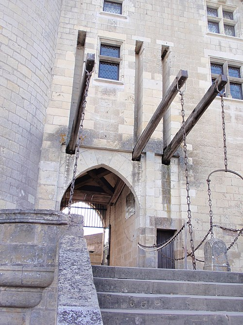 Enireja pordego de la Château de Langeais