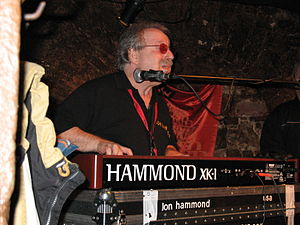 Jon Hammond at XK-1 Hammond Organ in concert a...