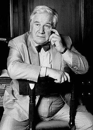 English: Sir Peter Ustinov in London. The phot...