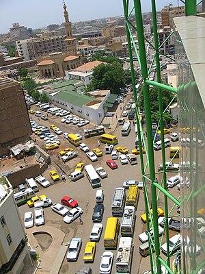 Deutsch: Blick auf den Verkehr der Stadt Khart...