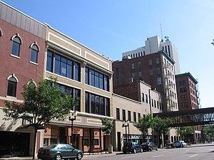 Typical central Downtown Cedar Rapids street w...