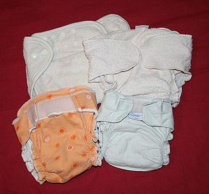 Different kinds of inner cloth diapers. Baby d...
