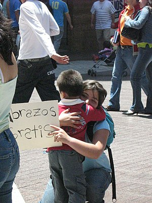 Little 'FREE HUGS', Chile