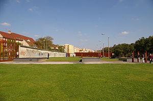 Deutsch: Gedenkstätte Berliner Mauer, von der ...