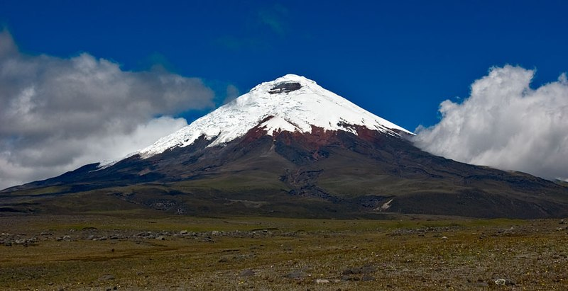 File:Cotopaxi volcano 2008-06-27T1322.jpg