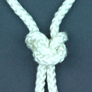 English: one of many knots
