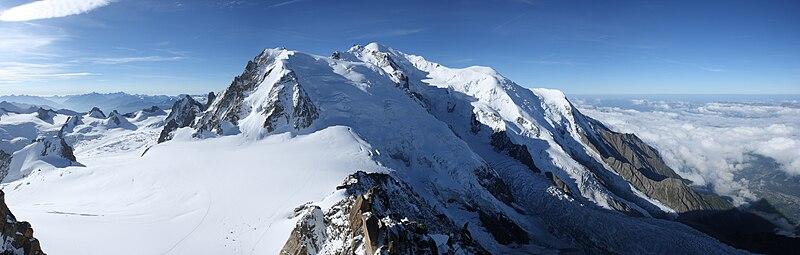 Mont Blanc od strony Aiguille du Midi