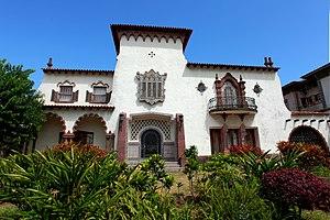 English: Portuguese colonial residence, Maputo...