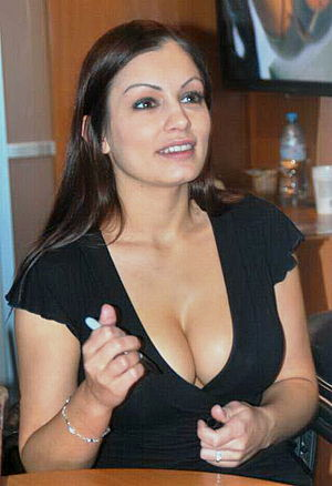 Aria Giovanni at AVN Expo