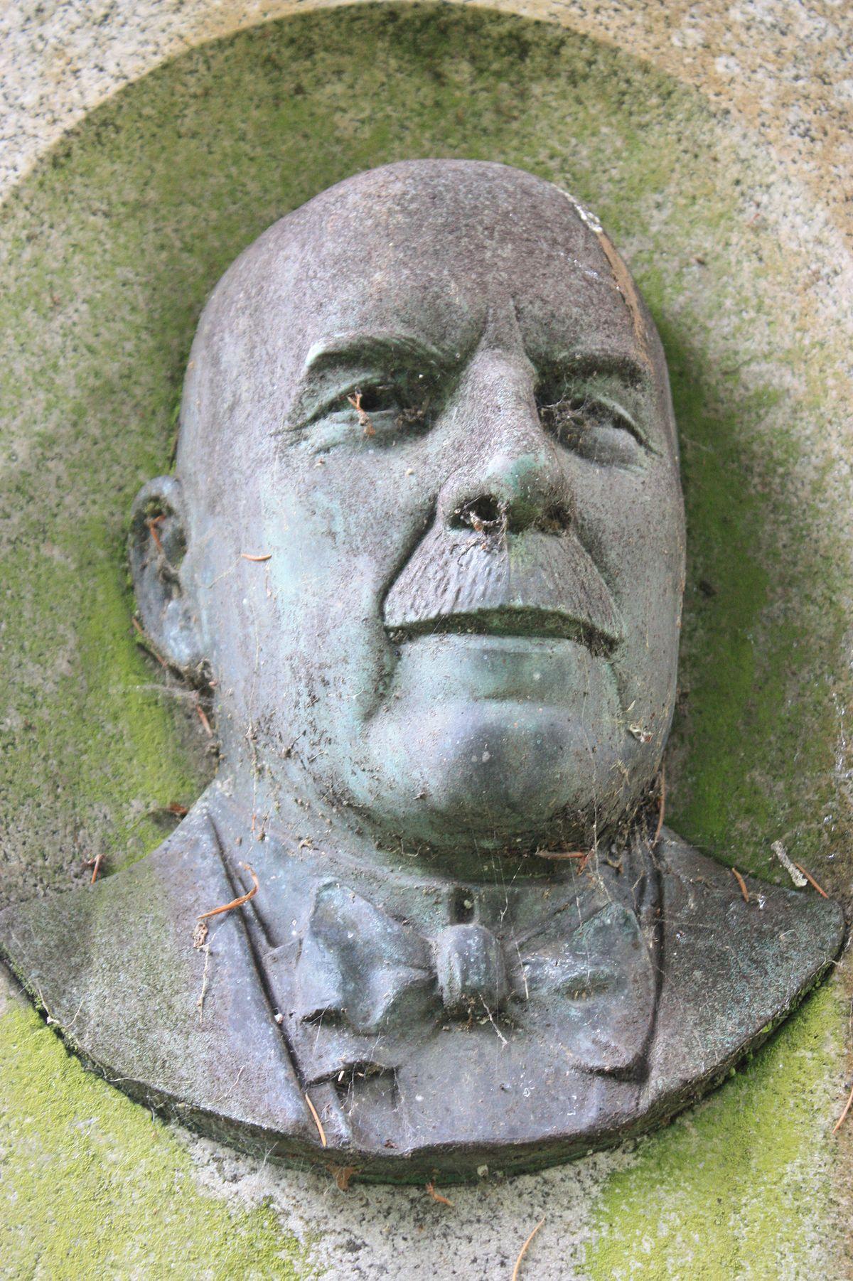 Robert Gemmell Hutchison Wikipedia