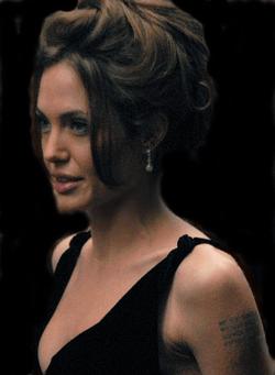 Jolie saat peluncuran perdana A Mighty Heart di New York.