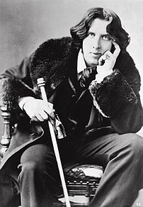 Oscar Wilde in his favourite coat. New York.
