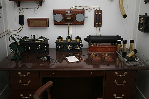 Titanic's Marconi appartus