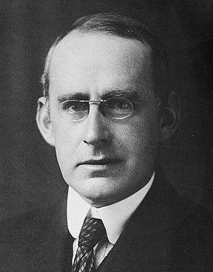 English: English astrophysicist Sir Arthur Sta...