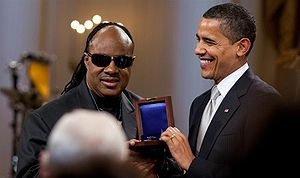 President Barack Obama presents Stevie Wonder ...