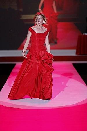 Felicity Huffman in Oscar de la Renta (1)