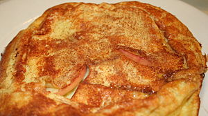 English: Dutch style apple pancake served at t...