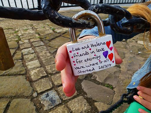 Liverpool Love Locks (15447887571)