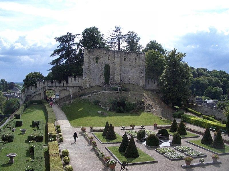 SchlossLangeaisDonjon