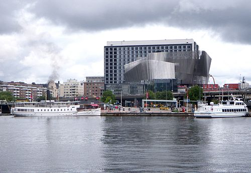 Waterfront building Stockholm 2010a