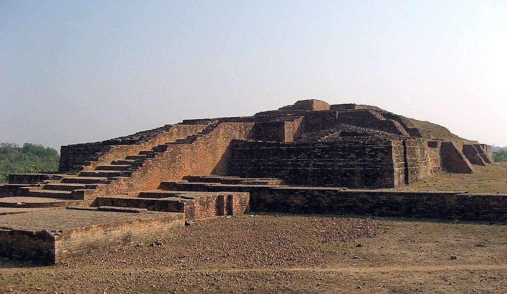 Anathapindika's Stupa Shravasti Ruins.jpg