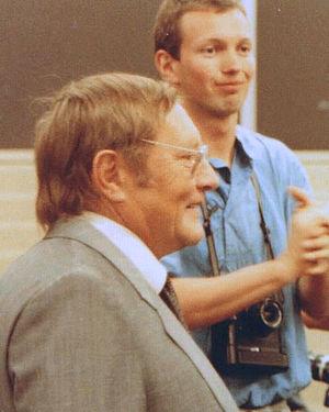 Deutsch: Rudolf Augstein 1985 in Hamburg bei e...