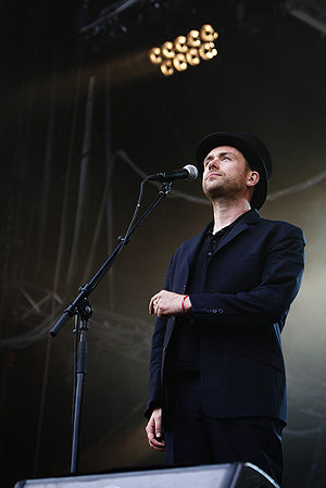 English: Damon Albarn at the Eurockéennes of 2007