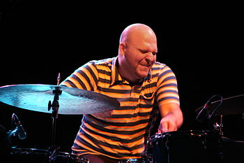 English: Dave King, drummer of the american ja...