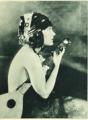 Gloria Swanson Photoplay 1918.png