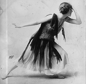 Violet Romer in flapper dress