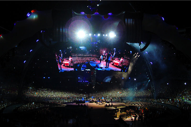 File:U2 360 Tour Camp Nou2.jpg