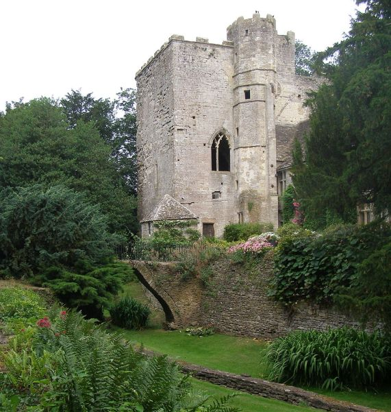 Beverston Castle gatehouse, Gloucestershire