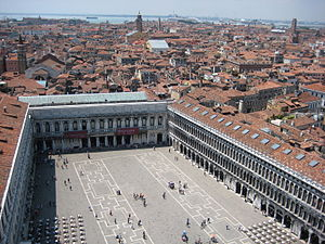 English: St. Mark's Square, Venice, Italy