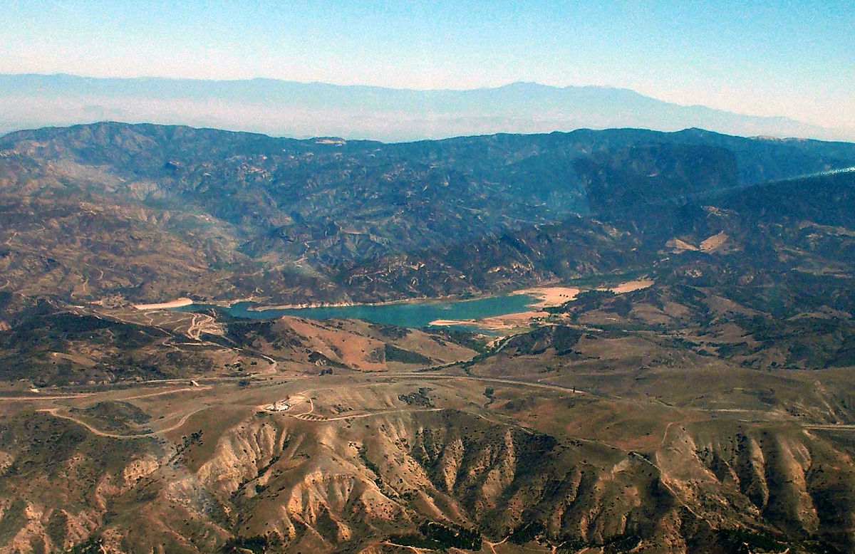Irvine Lake Wikipedia