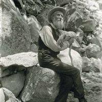 Zitat am Freitag : Muir über das Glück in der Natur