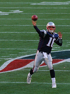 Matt Cassell throws a pass. Patriots v. Bills,...