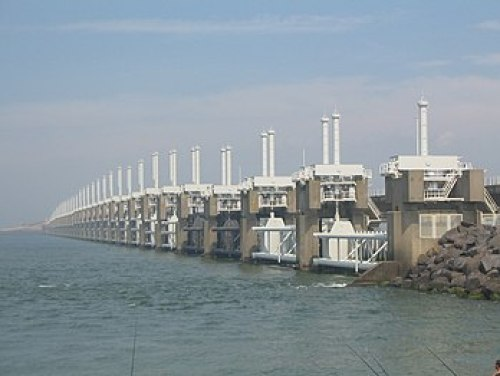 overall view of Oosterscheldekering surge barrier