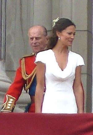 The British royal family on Buckingham Palace ...